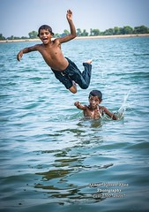 nomad boys enjoying of swimming (Cute Pakistan) Tags: nomad boys enjoying swimming nomadboysenjoyingofswimming nomadboys enjoyingofswimming indusriver kotaddu kotadu kotadducity natural akhtarhassankhan akhtarhassankhanphotography 03007480117 photography mohana mohanas fishing fisherman