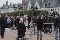 (villenevers) Tags: nevers tournage plateau tv télévision télé midienfrance vincentferniot gérardvivès esplanade palaisducal automne caméras caméra