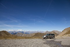 Into the great wide open (crazyhorse_mk) Tags: colduparpaillon hautesalpes westernalps alps france landscape nature gravelroad dirtroad pass summit mountain range sky intothegreatwideopen skodayeti skoda yeti 4x4 4wd