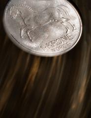 krone-stone (Uniquva) Tags: macromondays stonerhymingzone coin krone