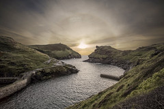 Boscastle Halo (Phil Watson Photo) Tags: water landscape rock ocean nature coast cloud outdoors cliff sunlight seashore rocky atmosphere hillside horizon solarhalo sunhalo halo cornwall england uk harbour hightide