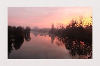 Walk on the riverside, Sarthe - France