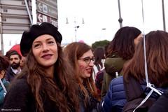Non una di meno (La Robbi) Tags: sguardo bocca mouth nonunadimeno corteo manifestazione woman donna diritti people cappello hat basco roma demonstration femminismo