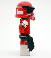 Lego Star Wars - Custom Clone Trooper Commander Fox - 2 x DC17 Blasters (Risers Customs) Tags: lego star wars commander clone clones trooper fox deviss shock custom risers riserscustoms customs pad printed blaster havoc