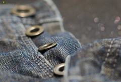 Hosenknöpfe für #MacroMondays #ButtonsandBows (Argentarius85) Tags: nikond5300 sigma105mmf28exdgoshsm macromondays buttonsandbows hosenknöpfe trouserbuttons jeans button fashion buttons denim background blue metal color pattern wear clothes texture trousers style garment casual urban material textile rough fabric cloth worn cotton