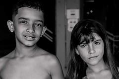 Foto- Arô Ribeiro -9264 (Arô Ribeiro) Tags: arôribeiro street bw blackwhitephotos photography laphotographie blackandwhite candidportrait sãopaulo brazil art fineart nikond7000 nikon thebestofnikon