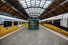 beinahsymmetriebahnhof (dadiolli) Tags: wrocław województwodolnośląskie polen pl breslau poland 波蘭 wroclaw glowny bahnhof station hauptbahnhof