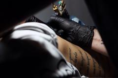 Tinta en la piel (albahernanzwalls) Tags: photoshoot photo tinta taruaje tattoo canon1300d canon 50mm