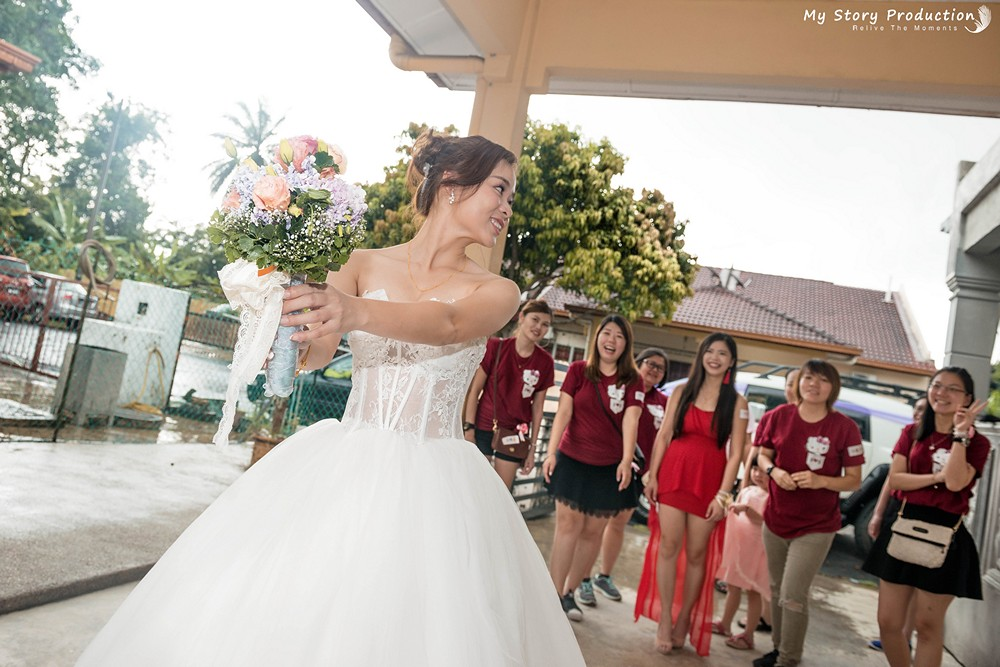 The worlds best photos of kampar and mystoryproduction flickr san and shan bouquet throwing mystoryproduction tags mystoryproduction perak kampar wedding photo junglespirit Images
