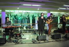 Ösp Eldjárn (2017) 09 - with band (KM's Live Music shots) Tags: folkmusic iceland italy ospeldjarn fridaytonic southbankcentre
