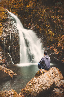 Facing Falls