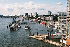 Hamburg I (tjk.foto) Tags: nikon f75 hamburg elbphilharmonie agfa ct100precisa
