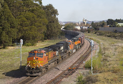 On the Move at Gateley (imartin92) Tags: pinole sanpablo california bnsf norfolksouthern railroad freight train ge generalelectric c449w c409w dash9 emd sd402 locomotive