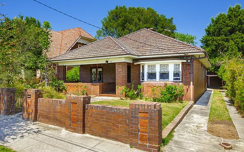12 Minna St, Burwood NSW 2134
