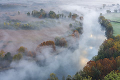 Il fiume delle nebbie (emanuel.foglia) Tags: adda nikon d7200 sigma1835 art fiume nebbia autunno parcoaddanord bruma acqua colori alberi piante rocchetta airuno aizuro lombardia italy lecco