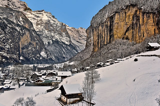 Staubbach Fall and Lauterbrunnen . Izakigur No. 1254.