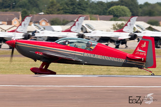 JY-RFB Royal Jordanian Falcons Extra 300LP