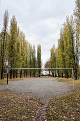 Senza giocatori - Without players. (sinetempore) Tags: torino turin campodacalcio footballfield alberi trees portedacalcio footballgoals foglie leaves calcio football senzagiocatori withoutplayers