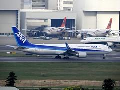 全日空 All Nippon Airways - ANA (Air Japan) (王 文松) Tags: 全日空 ana rctp boeing 767 桃園機場 旅行 飛行 天空 交通 運輸 航空 民航機 客機 taoyuanairport sky transport aircraft flight travel traffic civilaircraft airliner