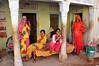 India- Rajasthan- Dundlod (venturidonatella) Tags: asia india rajasthan portraits ritratti colors colori donne women famiglia family people persone gentes nikon nikond300 d300 emozioni dundlod