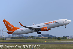 DSC_2256Pwm (T.O. Images) Tags: cflsw sunwing airlines boeing 737 737800 toronto pearson yyz