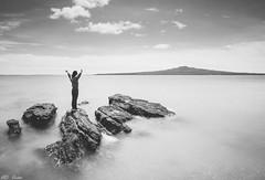 Breathing 呼吸 (Mr F Ding) Tags: blackwhite monochorome longexposure northhead newzealand auckland coast beach seascape nikon nd1000