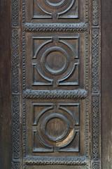 wood carving (Igor Gluhoj (intui.pro)) Tags: lviv ukraine outdoor architecture city house palaces gate wood art braun carving craft skill texture pattern shape hand made