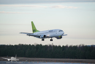 Air Baltic - YL-BBR - B737-300