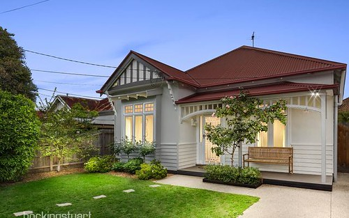 26 Derby Cr, Caulfield East VIC 3145