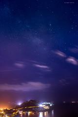 Stary Night. (bgfotologue) Tags: oceanpark 柏架山 淺水灣 hk tsinshuiwanau stars 淺水灣坳 outdoor 戶外 wongnaichungreservoir 衛奕信徑 2017 海岸 攝影 travel 舂坎角 香港島 twins 山峰 星 bgphoto 風景 repulsebay violethill 海洋公園 夜空 黃泥涌水塘 milkyway 紫羅蘭山 trail night photo scenery 別墅 南 south gitzo 500px tripod lightup 赤柱 孖崗山 wilsontrail bellphoto hongkong 香港 南區 image photography island landscape 港 銀河 tszlolanshan stanley 郊外