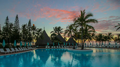 Le Meridien Noumea (Andy.Gocher) Tags: andygocher canon100d newcaledonia noumea lemeridien hotel pool water sky sunsent beach