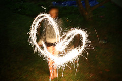 (Paul J's) Tags: birthday birthdayparty fireworks sparkler sparklers longexposure girl heart