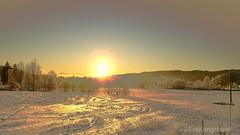 Sunrise this morning (evakongshavn) Tags: 7dwf freetheme sunrise sun sky skyline chainedtothesky skyandsunset skyer himmel landscapephotography landscape landschaft natur nature naturphotography naturescape fantasticnature naturaleza naturelovers naturescenes sce winter winterwonderland snow