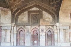 Lodi Gardens, New Delhi (NovemberAlex) Tags: colour curves india delhi architecture heritage