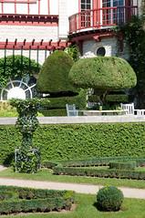ARNAGA JARDIN-008 (MMARCZYK) Tags: villa arnaga france pays basque jardin ogrod 64 pyrénéesatlantiques nouvelleaquitaine cambolesbains à la française