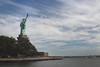 La libertad iluminando al mundo (Jon Ortega Photography) Tags: estatua libertad statue liberty island nyc ny newyork nuevayork usa cityscape paisaje iluminando mundo agua water world sea mar cobre copper iconic iconica tipica foto
