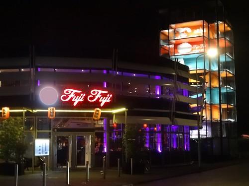 Capelle aan den IJssel: Former Smart Dealership