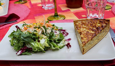 Vacances_0267 (Joanbrebo) Tags: riquewihr grandest francia fr ladime restaurant food comida menjar quichelorraine alsace hautrhin canoneos80d efs1855mmf3556isstm eosd autofocus