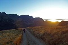 ritorno al tramonto (Tabboz) Tags: montagna dolomiti vianormale roccia panorama vetta cima croce marmolada salita sentiero ghiaione corda discesa cordadoppia