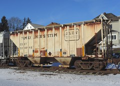 CSXT 224946 (2) (Proto-photos) Tags: winter 2bay coveredhopper everson pennsylvania familylinessystem vintage old weathered train railroad railcar freightcar 224946 csx csxt patched c112 lo snow scl 40ft
