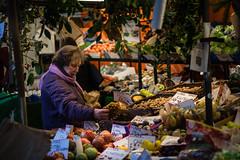 Cambridge, England (fotobokstas) Tags: sony a7ii winter cambridge uk england carl zeiss urban city market street fruits vegetables old lady people 85mm