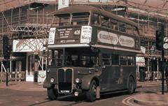 London transport RT4779 West Croydon 02/04/17. (Ledlon89) Tags: rtbus rt aecregent lt lte londontransport londonbus londonbuses london bus buses vintagebuses vintagebus parkroyal