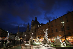 IMG_0329 (AndyMc87) Tags: rome roma rom travel clouds holiday blue hour blauestunde santagnese agone piazza navona canon eos 6d 2470 l spring fontain people dark lights iluminated sculpture restaurant obelisk
