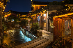 Lijiang canal at night (pjsugi) Tags: yunnan lijiang 麗江