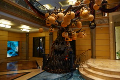 """The Halloween Tree • <a style=""""font-size:0.8em;"""" href=""""http://www.flickr.com/photos/28558260@N04/38455226441/"""" target=""""_blank"""">View on Flickr</a>"""