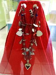 Museo Popol Vuh Huipil y Collares  Ciudad de Guatemala 01 (Rafael Gomez - http://micamara.es) Tags: museo popol vuh huipil y collares ciudad de guatemala