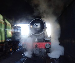 2) Great Central Railway Loughborough Leicestershire 26th November 2017 (loose_grip_99) Tags: great central railway railroad rail train leicestershire loughborough eastmidlands england uk steam engine locomotive lms stanier 8f 280 48624 santa preservation transportation gassteam uksteam trains railways november 2017