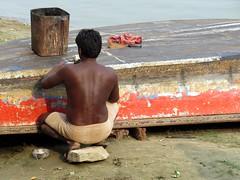 varanasi 2017 (gerben more) Tags: man back shirtless boat river varanasi benares india red