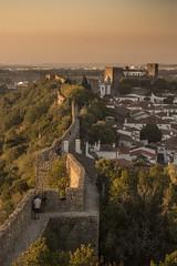 Muralhas v2 (ponzoñosa) Tags: obidos walls murallas sunset atardecer portugal lisboa castle castillo branco