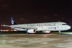 Turkish Airlines TC-JRL HAJ at Night (U. Heinze) Tags: aircraft airlines airways flugzeug planespotting plane nikon night haj hannoverlangenhagenairporthaj eddv
